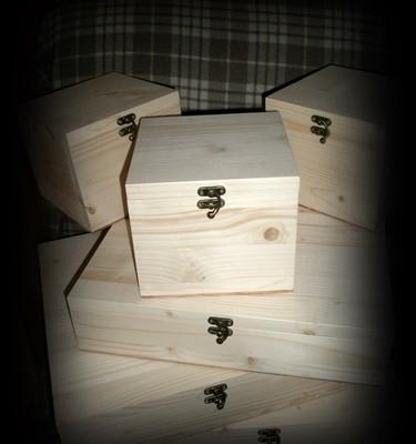 Cutii din lemn natur