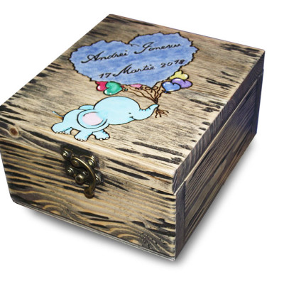 Cutii personalizate