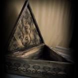 cutie triunghi